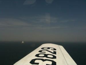 海ほたる上空から羽田空港を望む